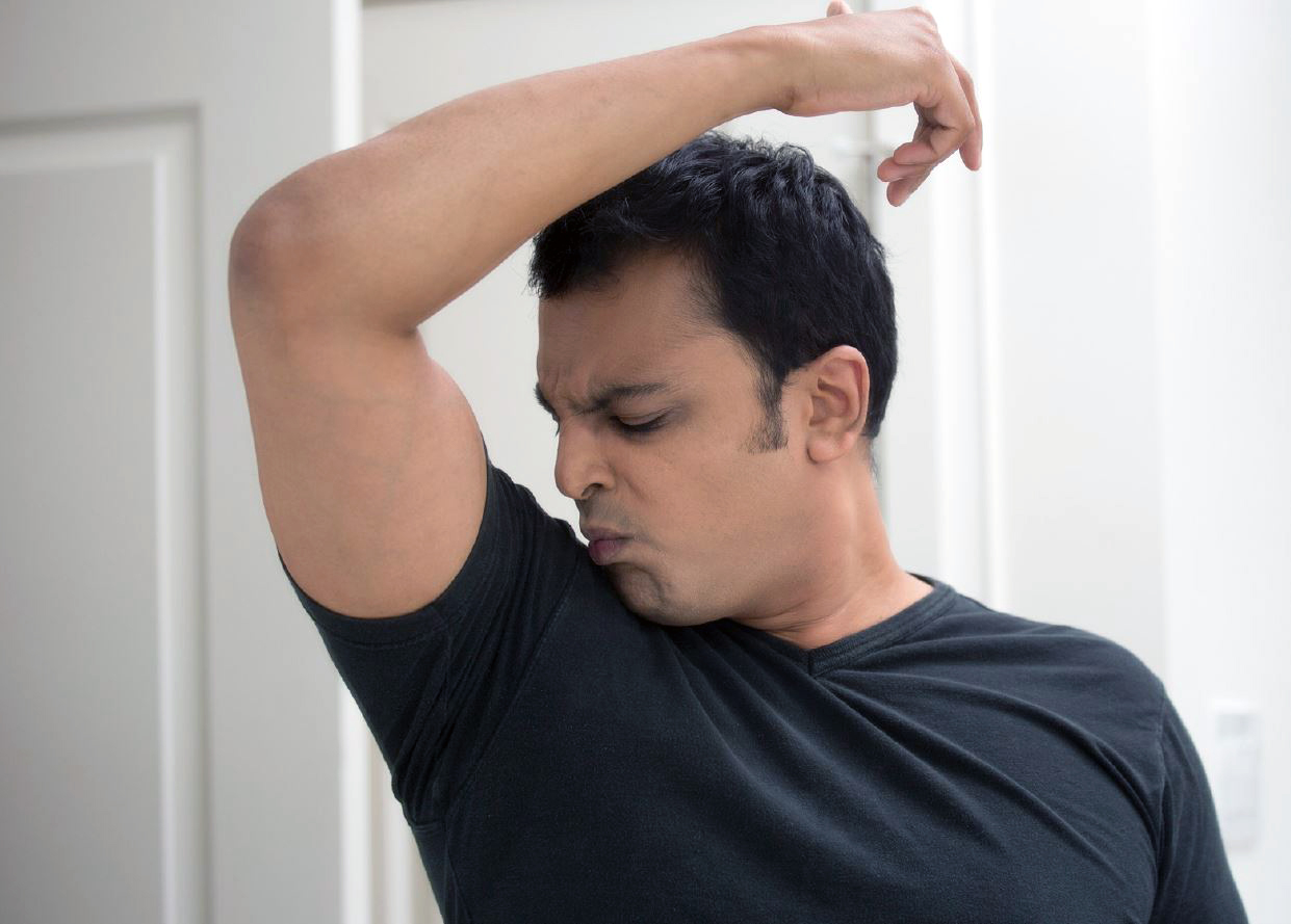 Varför luktar svett och hur kan man undvika svettlukt